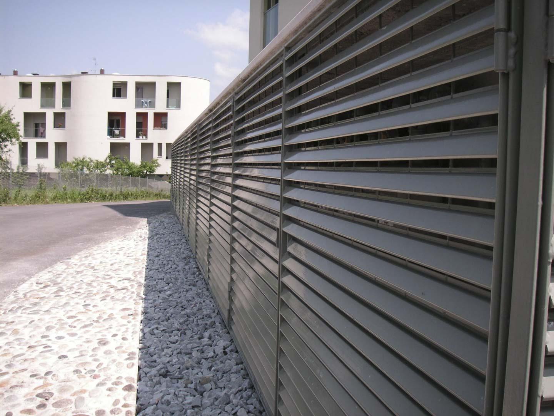 Frangisole frangiacqua frangivento by edilgrid di for Oscuranti per recinzioni